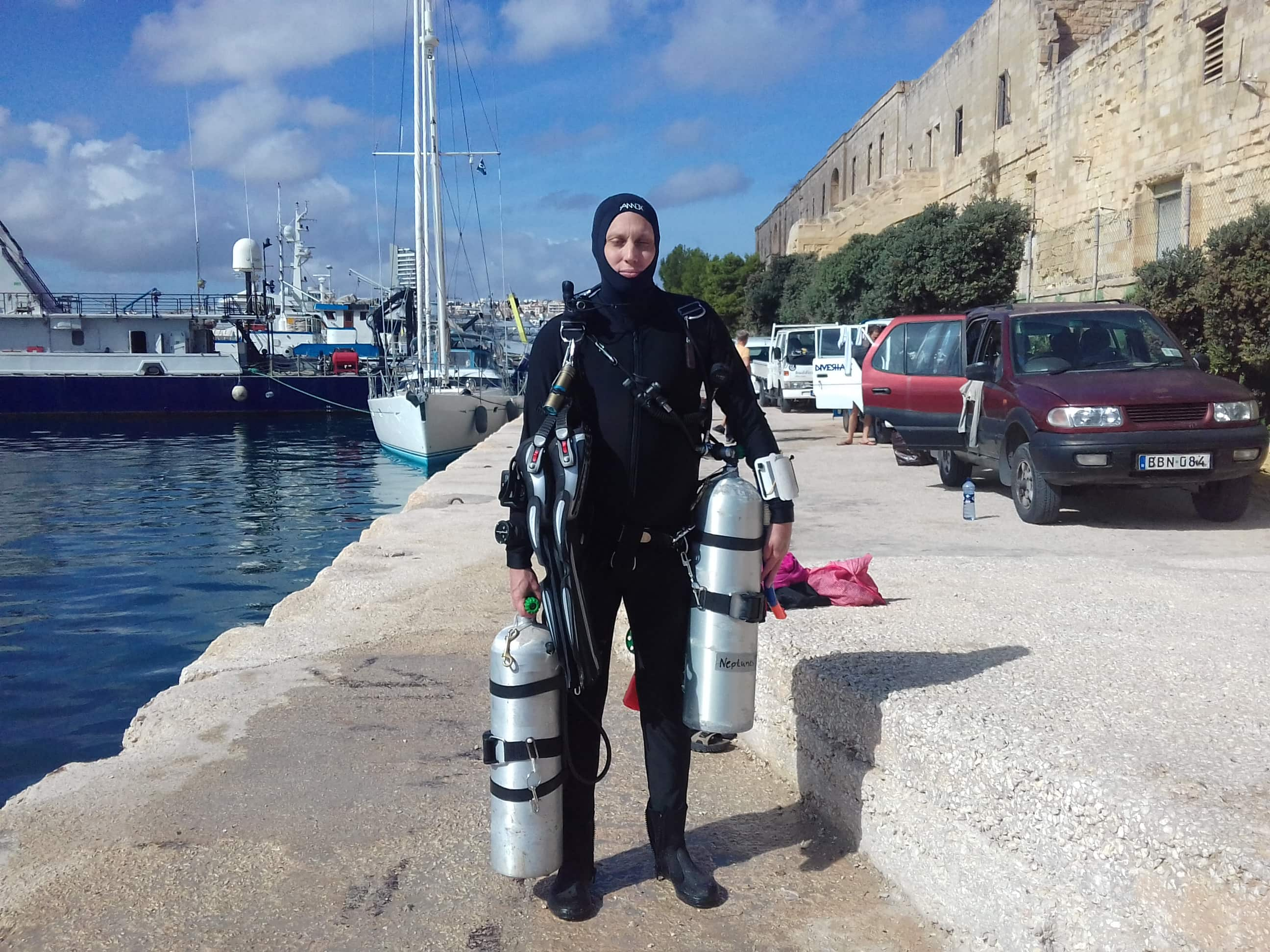 PADI Self-Reliant Diver Course at Neptunes Diving Malta
